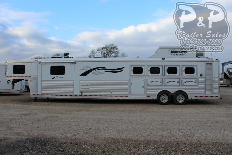 2008 Diamond Trailers 8419 4 Horse Slant Load Trailer 19 FT LQ With Slides