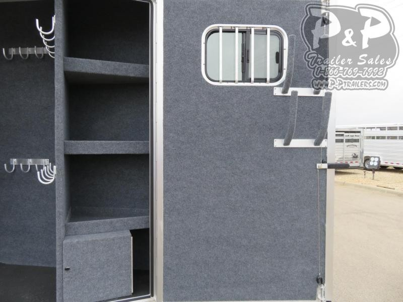 2021 Bloomer pc load outlaw conversion w/ bunk beds