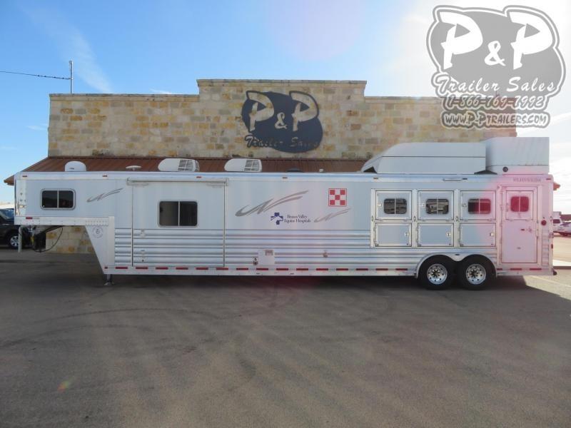 2016 Platinum Coach 8416RSL 4 Horse Reverse Slant Load Trailer 16 FT LQ With Slides w/ Ramps