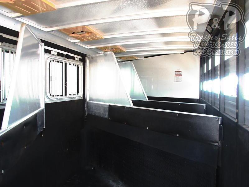 2007 Sundowner Trailers Horizon 6908 with 4.0 generator 4 Horse Trailer 6 LQ Slant