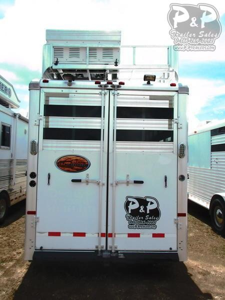 2007 Sundowner Trailers Horizon 6908 with 4.0 generator 4 Horse Trailer 6 LQ Slant