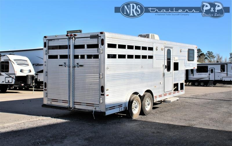 1997 Sundowner Trailers 8308 3 Horse Slant Load Trailer 8 FT LQ