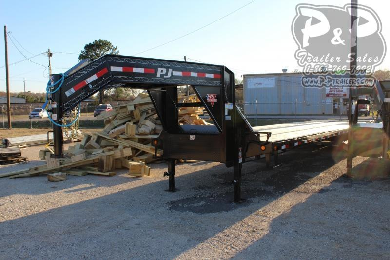 2021 PJ Trailers Low-Pro Flatdeck with Duals LDH35D2BSWKTX 35 ' Flatbed Trailer