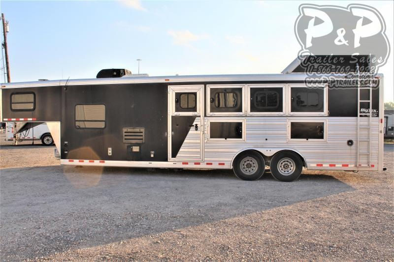 2014 Cimarron Trailers 8410 4 Horse Slant Load Trailer 10 FT LQ