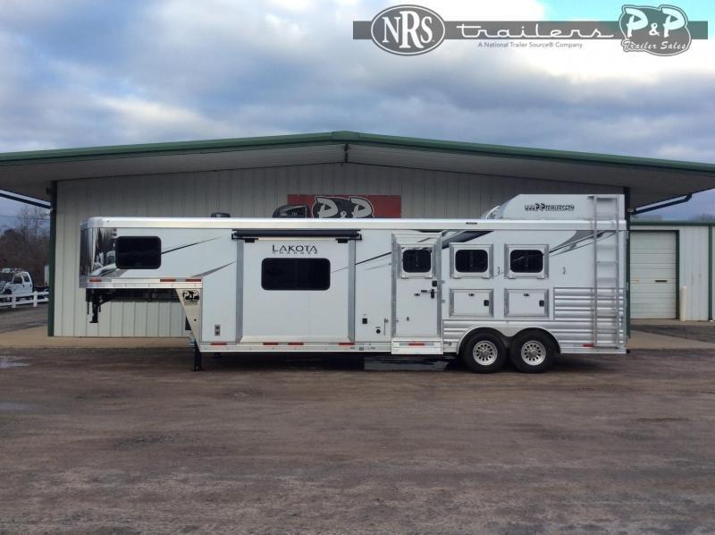 2022 Lakota C8311 3 Horse Slant Load Trailer 11 FT LQ