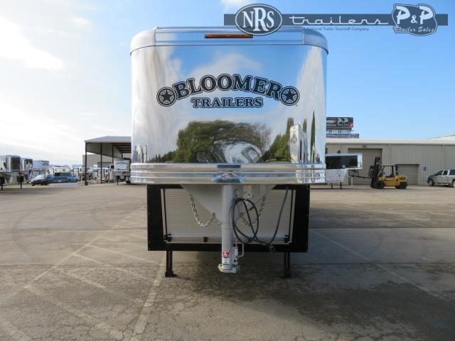 2021 Bloomer 8418OL 4 Horse Slant Load Trailer 18 FT LQ w/ Slideouts