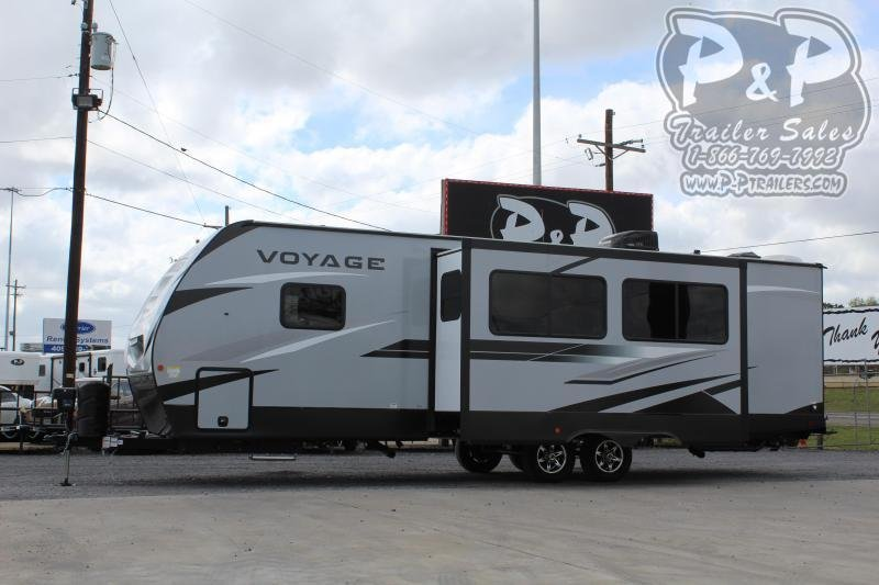2021 Winnebago Voyage 3033BH 33 ft Travel Trailer RV
