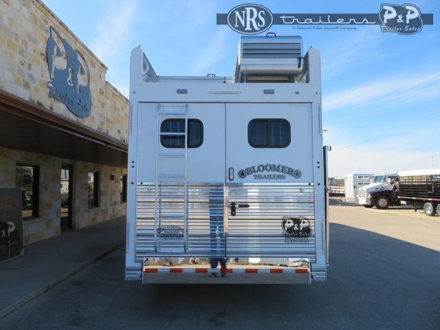 2021 Bloomer 8317PCOLCE 3 Horse Slant Load Trailer 17 FT LQ w/ Slideouts