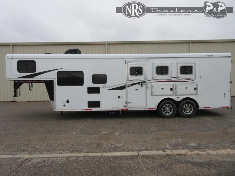 2021 Bison Trailers RC8309B 3 Horse Slant Load Trailer LQ