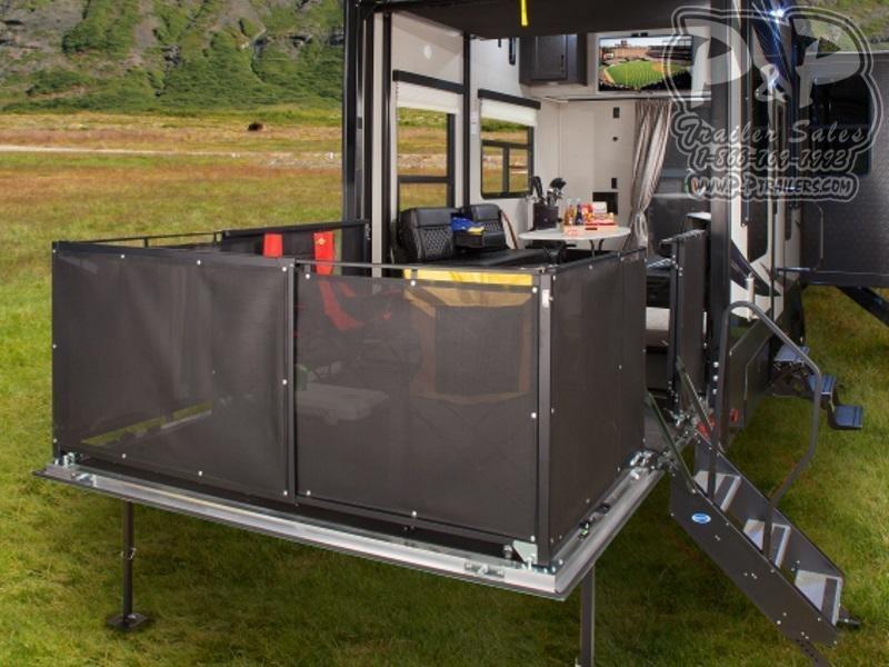 2020 Keystone Fuzion 429 45 ft Toy Hauler RV