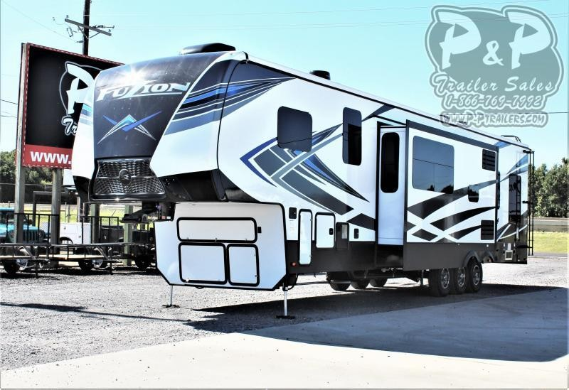 "2021 Keystone RV Fuzion 429 540 "" Toy Hauler RV"