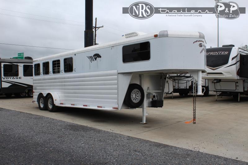 2004 S and H Trailers 7406GN 4 Horse Slant Load Trailer 4 FT LQ