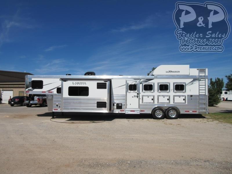 2021 Lakota C8415SRB 4 Horse Slant Load Trailer 15 FT LQ With Slides