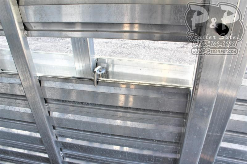2015 Exiss Trailers STC 624 24 ' Livestock Trailer