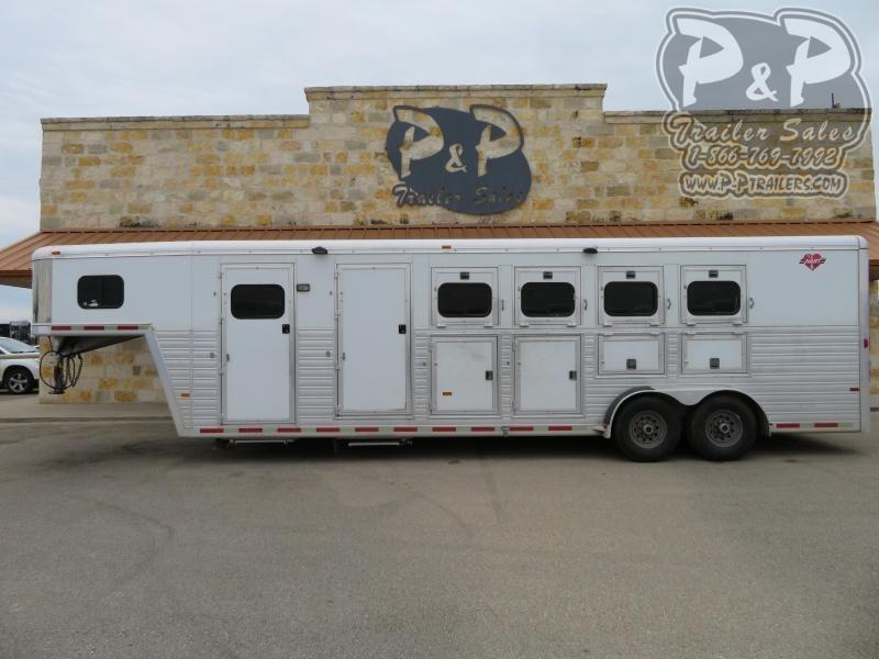 2005 Hart Trailers 4HGN 4 Horse Slant Load Trailer