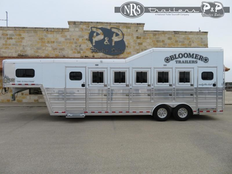 2021 Bloomer 85TRNS 5 Horse Slant Load Trailer