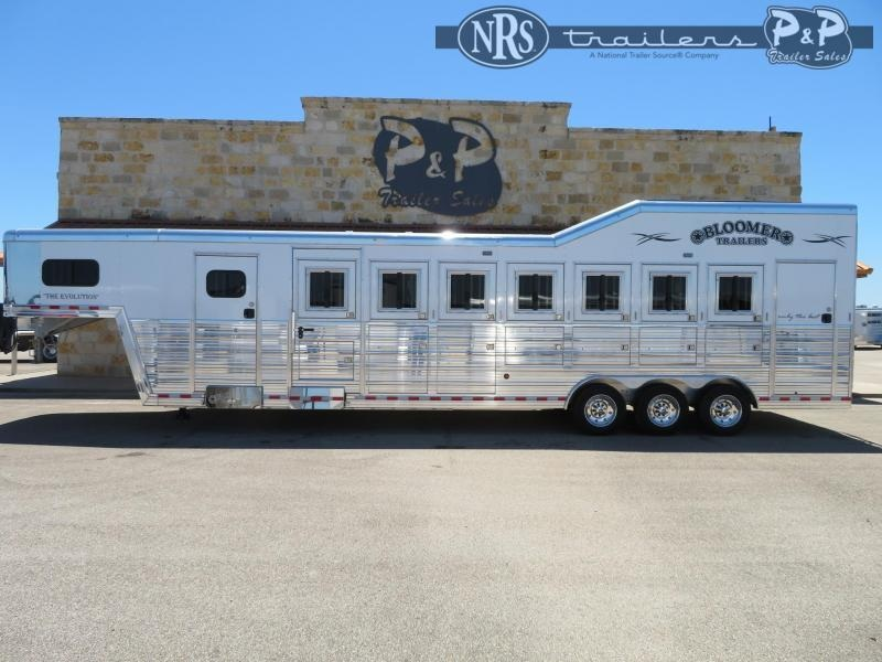2021 Bloomer 87TRNS 7 Horse Slant Load Trailer