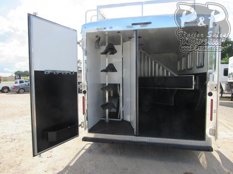 2020 Bison Trailers Ranger 8413RGRSGB 4 Horse Slant Load Trailer 13 LQ With Slides