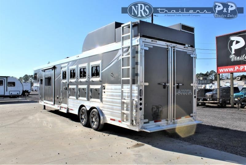 2021 Lakota C8413SRRSL 4 Horse Slant Load Trailer 13 FT LQ w/ Slideouts
