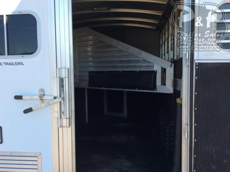 2006 Elite Trailers 7308 3 Horse Slant Load Trailer LQ