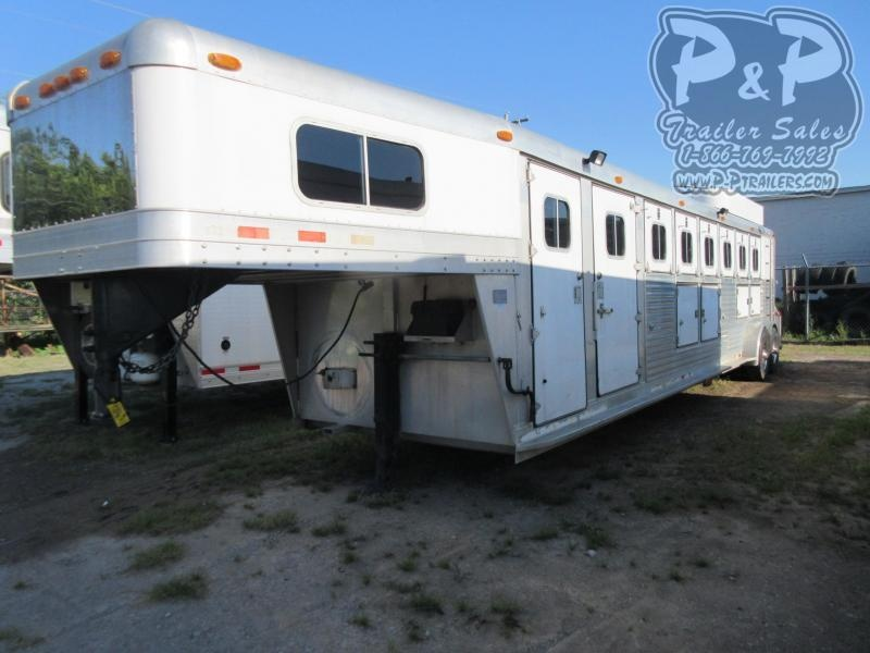 1999 4-Star Trailers 76GN 6 Horse Slant Load Trailer w/ Ramps