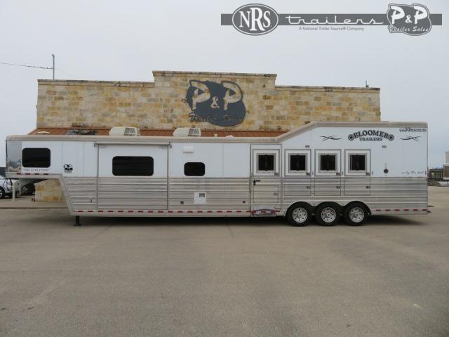 2017 Bloomer 8417PCOL 4 Horse Slant Load Trailer 17 FT LQ w/ Slideouts
