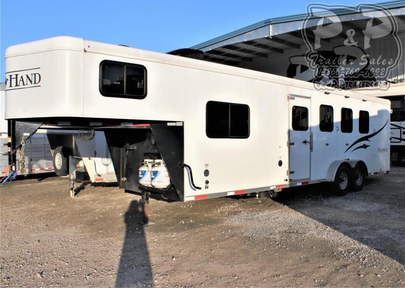 2015 Bison Trailers 7408TH Trail Hand 4 Horse Slant Load Trailer 10 FT LQ