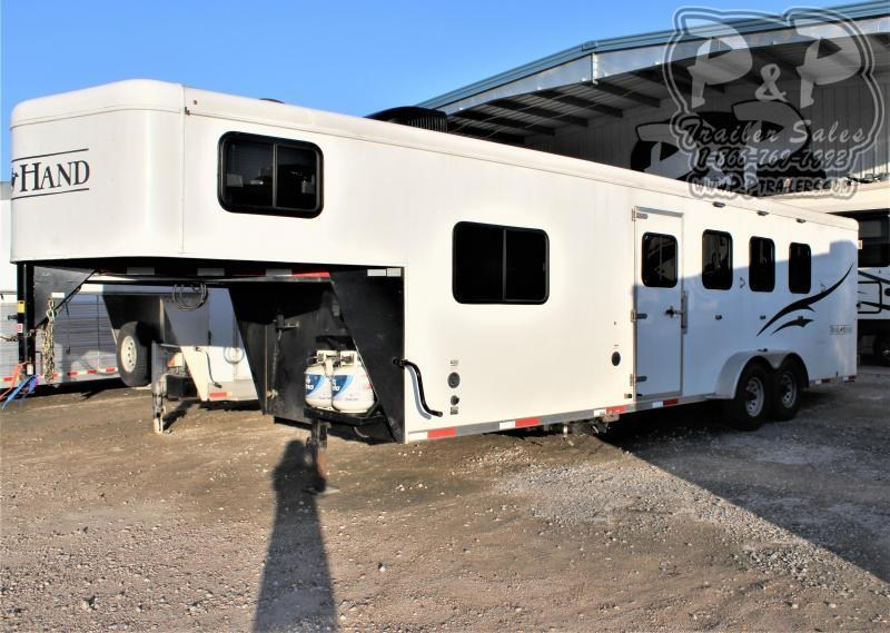 2015 Bison Trailers 7408TH Trail Hand 4 Horse Slant Load Trailer 8 FT LQ
