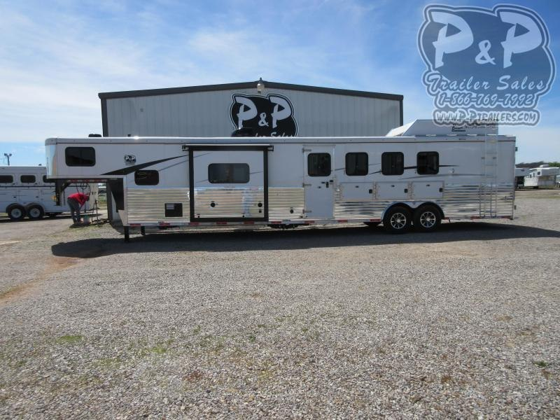 2020 Bison Trailers Ranger 8414RGLRSL 4 Horse Slant Load Trailer 14 FT LQ With Slides w/ Ramps