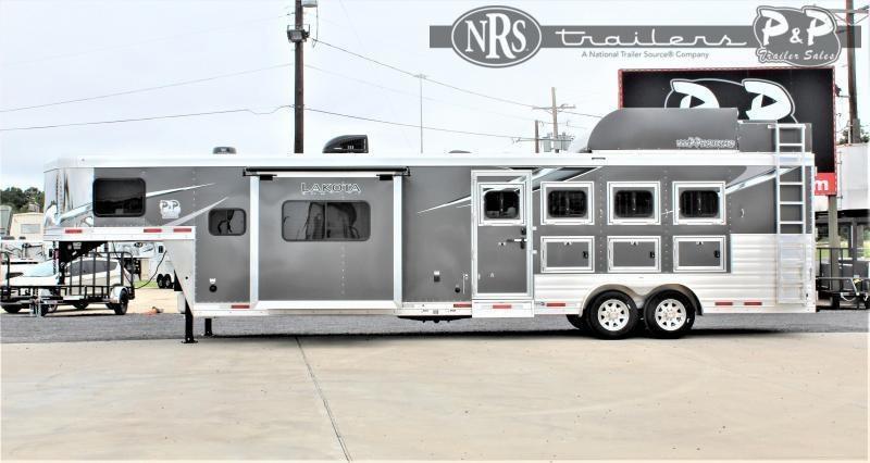 2021 Lakota Charger C8413SR 4 Horse Slant Load Trailer 13 FT LQ w/ Slideout