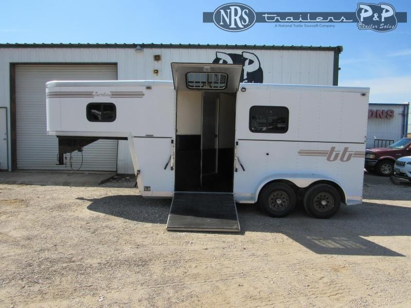 1998 Turnbow Trailers 2HGN 2 Horse Slant Load Trailer w/ Ramps