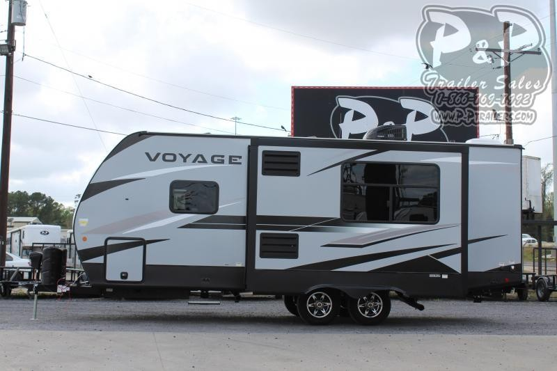2020 Winnebago Voyage 2427RB 27 ft Travel Trailer RV