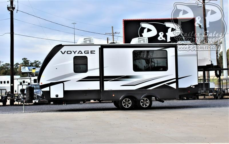 2021 Winnebago Voyage 2427RB 27 ' Travel Trailer RV