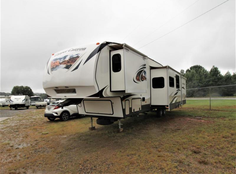 2013 Keystone RV Copper Canyon 324FWBHS Fifth Wheel Campers RV