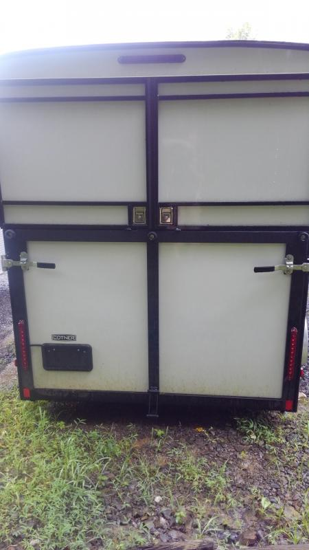 Cotner Trailers Three Horse Slant load Trailer