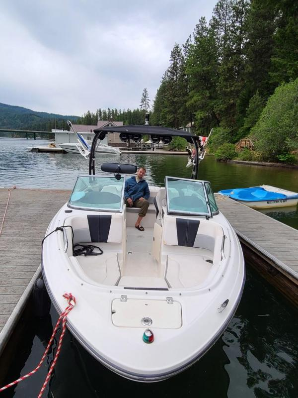 2018 Chaparral 21' H20 Surf Boat