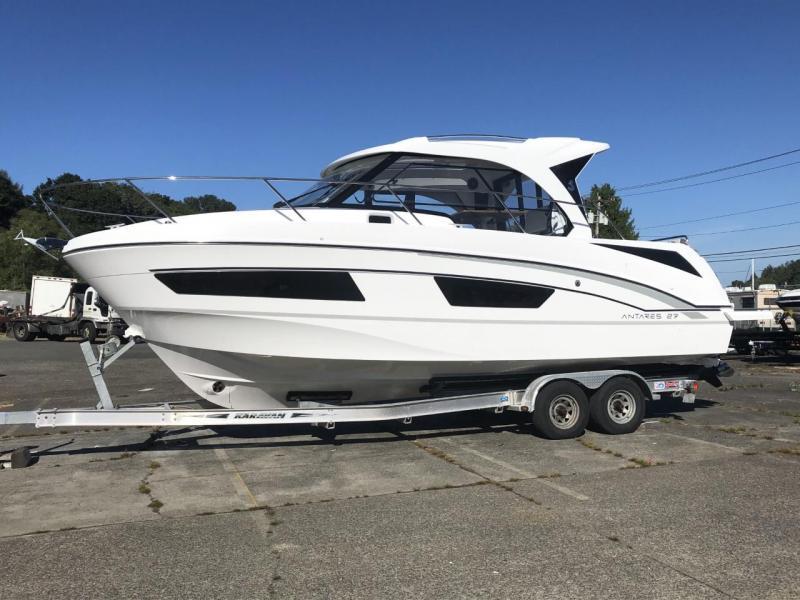2021 Beneteau Antares 9 Power Boat
