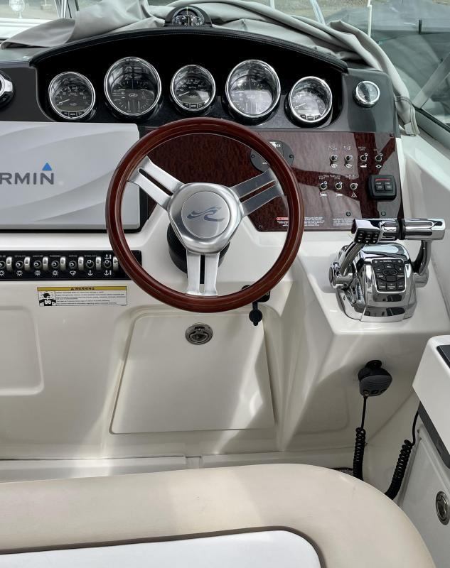 2013 Sea Ray Sundancer 310 SUNDANCER Cruiser (Power)