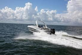 2022 Crownline 255 XSS High Performance Boat
