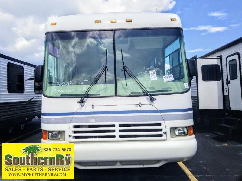 2000 !!!PENDING SALE!!!  Forest River Georgetown 265 Class A RV