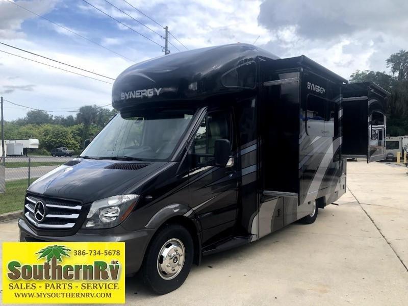 2018 Thor Motor Coach Synergy SD24 Class C RV