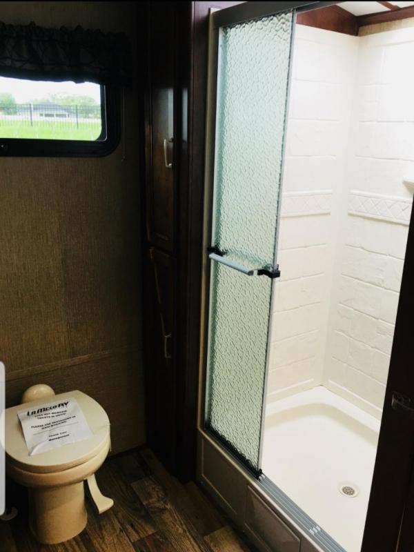 2018 Keystone RV Outback Super Lite 266RB Travel Trailer RV