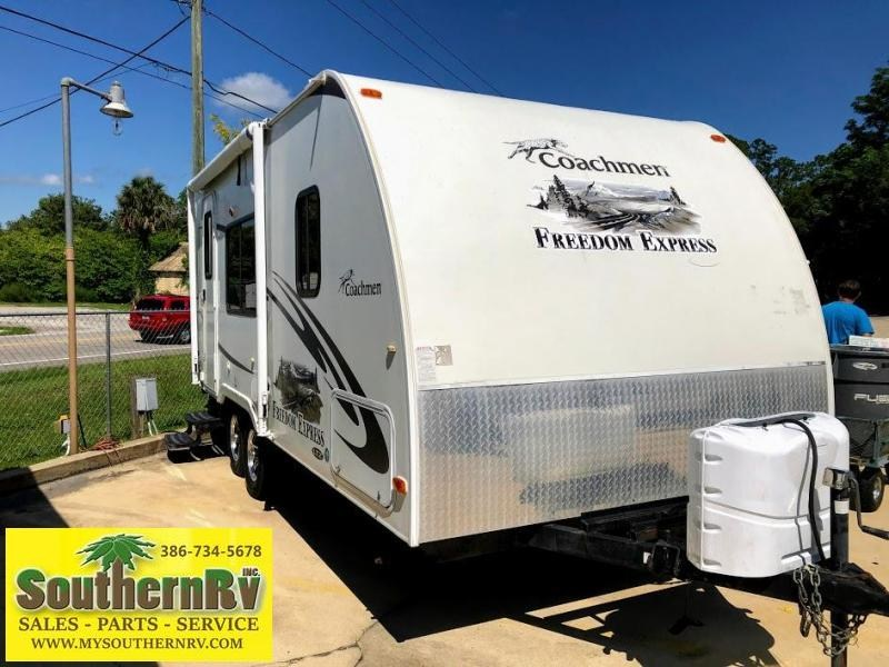 2012 !!!PENDING SALE!!!  Coachmen By Forest River Freedom Express 191 RB Travel Trailer RV