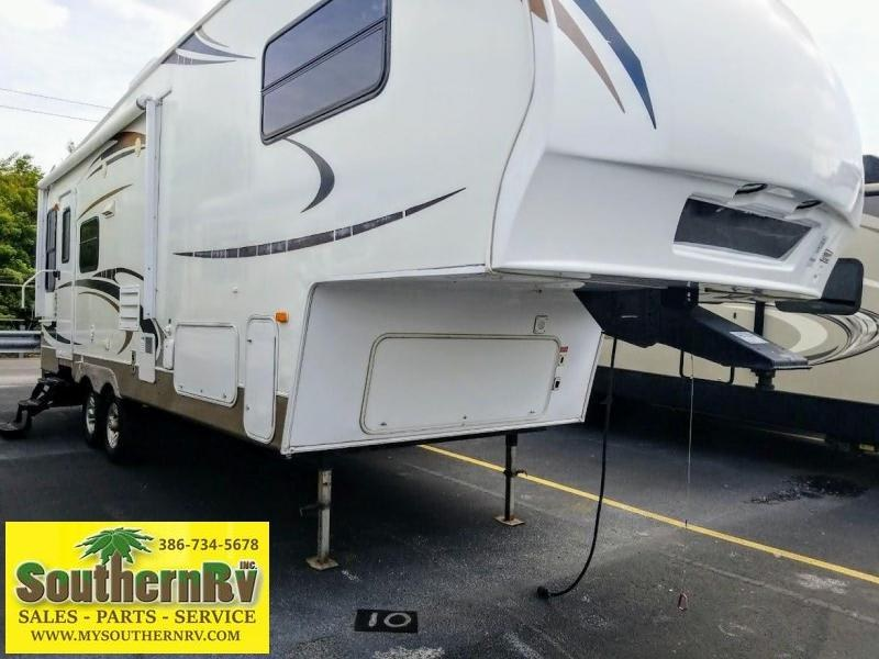 2009 Keystone RV Copper Canyon 252 RLS Fifth Wheel Campers RV