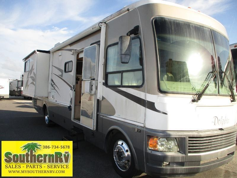 2006 National RV Dolphin 5342 Class A RV