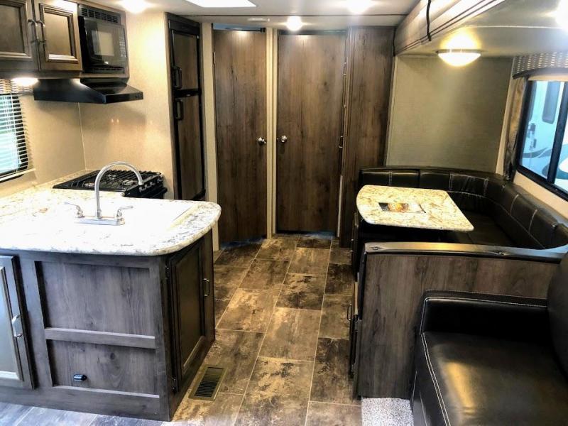 2018 Keystone RV Passport Grand Touring 3350BH Travel Trailer RV
