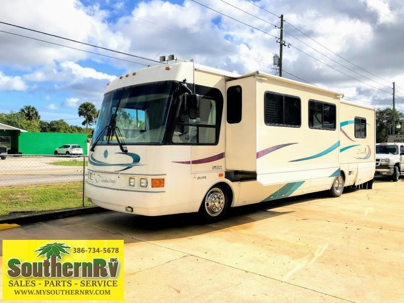2000 National RV Tradewinds 7370 Class A RV