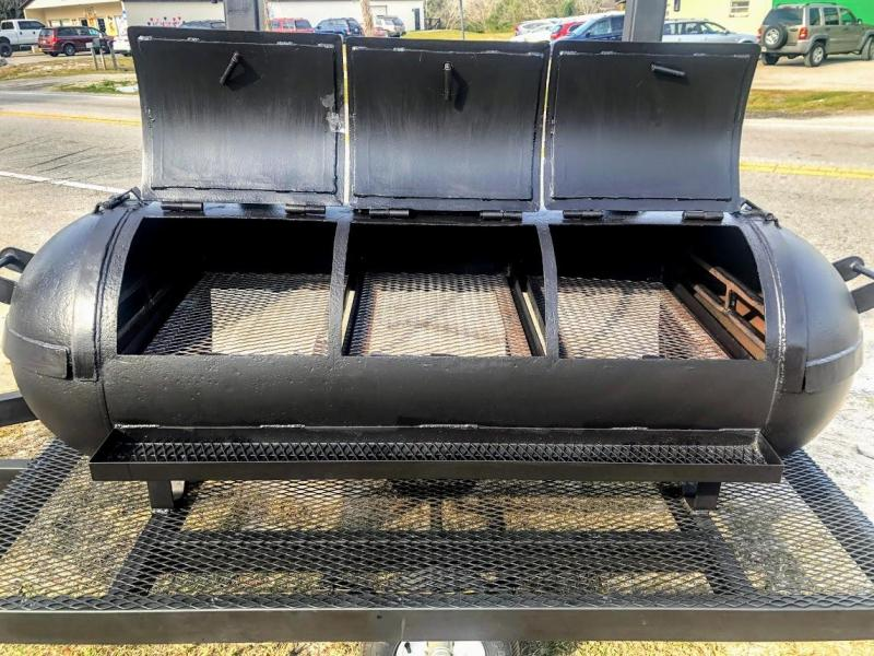 2021 LIFETIME SMOKER Vending / Concession Trailer