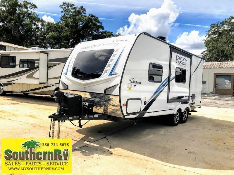 2021 !!!PENDING SALE!!!  Coachmen By Forest River Freedom Express 192RBS Travel Trailer RV