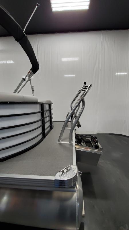 2022 Crest Classic LX 220 SLC Pontoon Boat